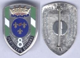 Insigne Du 8e Régiment De Dragons - Armée De Terre