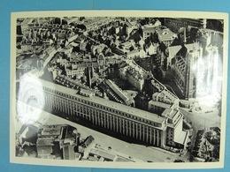 CPSM Bruxelles (Vue Aérienne)Banque Nationale Et Collégiale Ste-Gudule - Multi-vues, Vues Panoramiques