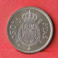 SPAIN 50 PESETAS 1983 -    KM# 825 - (Nº28460) - [ 5] 1949-… : Royaume