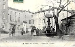 03  La  PRUGNE  -  Place  De L,Eglise - France