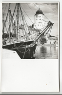 Russie, Vüpuri, Vyborg, La Forteresse Et Voilier, Photographie Pietinen, Format 11x17 (11354) - Lieux