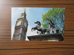 Angleterre   Londres   Big Ben And Boadicea Statue - London