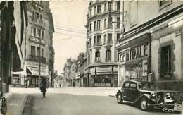220419A - 03 MONTLUCON Angle Boulevard De Courtais Rue Bretonne - Auto Traction Commerce HEYRAUD Chaussure - Montlucon