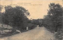 AUBRAC : L'autobus D'aumont à Aubrac Au Bois De Valette - Tres Bon Etat - France