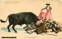 CAIDA DEL PICADOR - J. G. HATTON, MEXICO D.F.. CORRIDA DEL TOROS TOREO. POSTALE CIRCA 1920's NON CIRCULE - LILHU - México