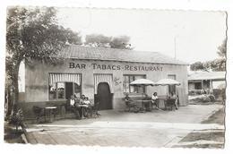 Cpsm: 83 Plage D'HYERES - Bar Tabacs - Restaurant GAMARRA (animé) - Hyeres