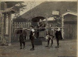 KAGO TRAVELING CHAIR HAFUYA HOTEL   JAPON JAPAN JAPANESE  Fonds Victor FORBIN (1864-1947) - Sin Clasificación