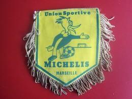 UNION SPORTIVE DE MICHELIS  MARSEILLE  FANION CLUB DE FOOT --Sports  Football  Habillement, Souvenir & Logo - Apparel, Souvenirs & Other