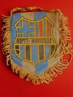 ASPTT MARSEILLE BDR  FANION CLUB DE FOOT --Sports  Football  Habillement, Souvenir & Logo - Apparel, Souvenirs & Other
