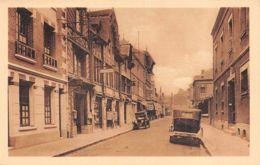 Lisieux (14) - La Rue De Livarot - Automobile - Lisieux