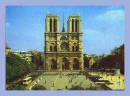 CPM - Paris Et Ses Merveilles (75) - 2063. La Place Du Parvis Notre-Dame - Les Tours De Notre-Dame - Notre Dame De Paris