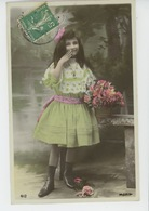 ENFANTS - LITTLE GIRL - MAEDCHEN - Jolie Carte Fantaisie Portrait Fillette Avec Fleurs - Portraits