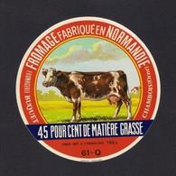 Etiquettes De Fromage BUQUET à Chambois (61). - Quesos