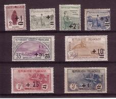 LA SERIE DES ORPHELINS SURCHARGEE N° 162 A 169 NEUFS AVEC CHARNIERE (8 Valeurs) - Unused Stamps