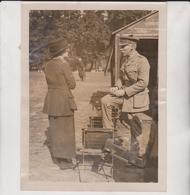 STRIKE SCENES IN LONDON LADY HUGH GROSVENOR YMCA AND LIEUTENANT COL RIGBY OC PETROL  Fonds Victor FORBIN (1864-1947) - Lugares