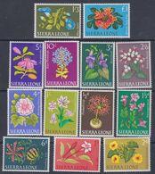 Sierra Leone N° 213 / 25 X Série Courante : Fleurs Diverses,  Les 13 Valeurs Trace De Charnière Sinon TB - Sierra Leone (1961-...)