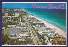 Cp , ETATS-UNIS , MIAMI BEACH , Popular Motel Strip Looking North Along AIA And The Atlantice Ocean - Miami Beach