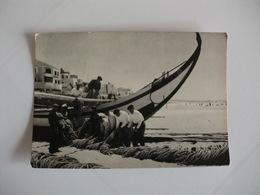 Postcard Postal Da Praia De Pedrogão Preparando As Redes - Leiria