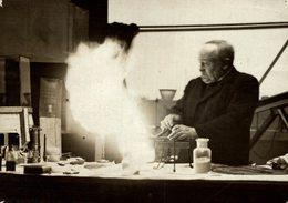 SIR HENRY  BUNYNGHASNE RESURCHING  A COAL MINE DISASTER  Fonds Victor FORBIN (1864-1947) - Profesiones