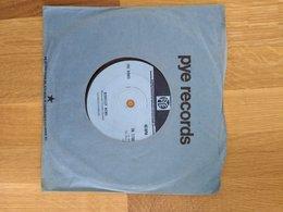 Disque 45 Tours - The Kinks - Lola - Punk