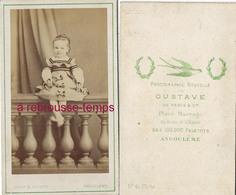 CDV Jolie Petite Fille-dos De CDV Hirondelle-photo Gustave à Angoulême Près Des 1000 000 Paletots - Photographs