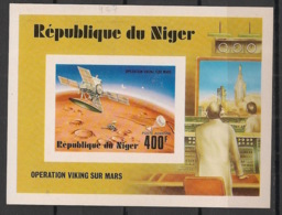 Niger - 1977 - Bloc Feuillet BF N°Yv. 17 - Operation Viking - Non Dentelé / Imperf. - Neuf Luxe ** / MNH / Postfrisch - Afrique