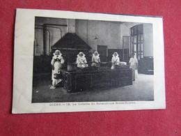 Giens - La Cuisine Du Sanatorium Renée-Sabran - Hyeres