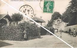 CHEVREGNY (Aisne) - Prolongement De La Rue Haute - Animée - France