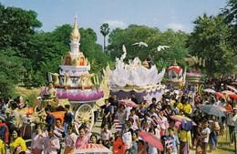 Postcard A Parade In Loikathong Festival At Sukho Thai North Thailand My Ref  B13036 - Thailand