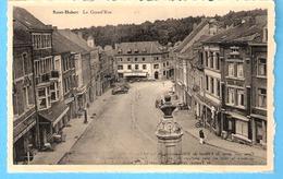 Saint-Hubert-Grand'Rue-Pl. Marché Vue Du Monument Redouté-Garage St-Hubert-Esso-Citroën à G-et Maison Bertholet à Dr. - Saint-Hubert