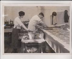 HAND PRINTED KERCHIEFS CRAYFORD KENT ENGLAND    Fonds Victor FORBIN (1864-1947) - Métiers