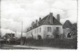 36 - PARNAC - Belle Vue De L'ancien Relais Et Son Portail - France