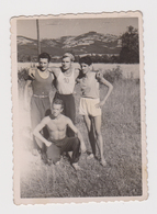 #54559 Vintage Orig Photo Guys Four Man Muscular Athlete Affectionate Portrait - Personnes Anonymes