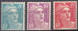 FRANCE - 1948 - Lotto Composto Da 3 Valori Nuovi MH: Yvert  810, 811 E 813. - Francia