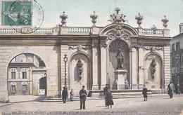 1020 NANCY                             Une Des Façades Laterales De L Arc De Triomphe - Nancy