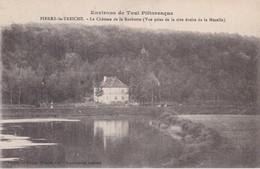 PIERRE LA TREICHE                                 Le Chateau De La Rochotte - France