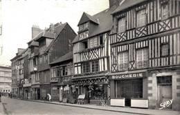 Lisieux Grande Rue  CPM Ou CPSM - Lisieux