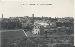 Carte Postale Ancienne De Loudun Vue Générale Prise A L'est - Loudun