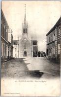 53 - SAINT AIGNAN Sur RÖE -- Place De L'Eglise - Saint Aignan Sur Roe