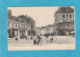 Château-Gontier. - La Place De La République. - Établissements-Briset. - Félix-Potin. - Café-Restaurant. - Chateau Gontier