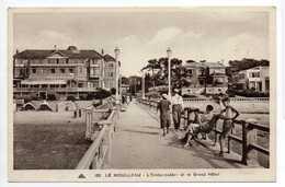 - CPA LE MOULLEAU (33) - L'Embarcadère Et Le Grand Hôtel 1937 (belle Animation) - Editions CAP 185 - - Arcachon