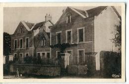 86 - Chalandray : Maison D' Ecole Et Mairie - Autres Communes