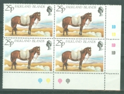 Falkland Is: 1981   Farm Animals   SG394w   25p   [Wmk Crown To Right Of CA]   MNH Block Of 4 - Falkland Islands