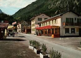 """CPSM - CHÂTELARD - Café Restaurant """"les Touristes"""" ... (voiture VW Coccinelle à La Station) - VS Wallis"""
