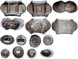 Ming Dynastie, 1367-1644 / Qing Dynastie, 1644-1911, Lot Von 7 Silberbarren, Darunter Zwei Stücke Packsattelgeld Jeweils - Chinoises