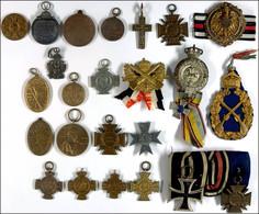 Kleiner Nachlass Mit über 20 Abzeichen Und Orden, U.a. Mit Eisernes Kreuz 2. Klasse Ausgabe 1914, Ehrenkreuz Für Frontkä - Books, Magazines  & Catalogs