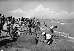 Cartolina San Giuliano A Mare Spiaggia Giochi Di Bimbi Castelli Di Sabbia Segni - Rimini