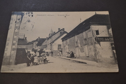 Carte Postale 1908  Tronjet La Grande Rue Animée - France