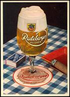"""Bier: Motivkarte """"Radeberger Pilsener"""" - Volles Bierglas Auf Tisch Mit Blau/weiß Karierter Tischdecke, Zündhölzern, Asch - Ansichtskarten"""