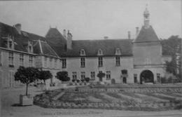 Chateau D'Epoisse, Cour D'honneur - Autres Communes